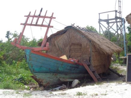 Khmer houseboat